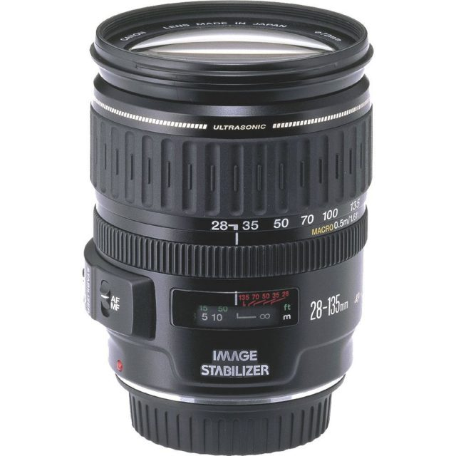 Canon EF 28-135mm F3.5-5.6 USM IS Review