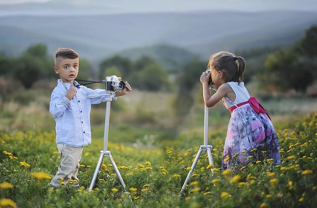 kids using cameras