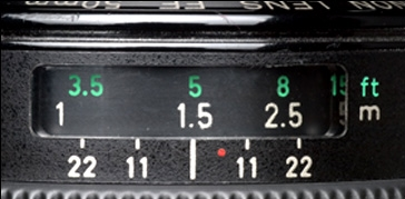 focus scale and DOF