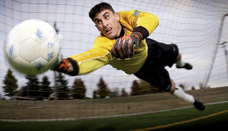 best Nikon lenses for sport photography